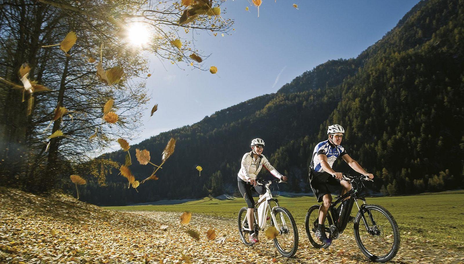 Hochwertige E-Bikes in Sölden leihen.