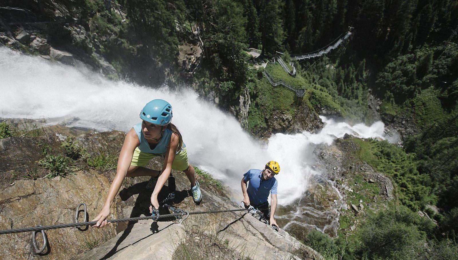 Hoch hinaus geht es auf dem Klettersteig oder Klettergarten