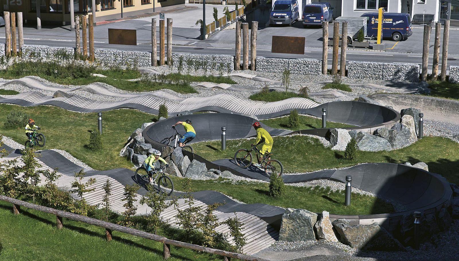 Bikepark: Skill-Training für alle Altersstufen